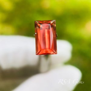 oregon sunstone faceted colored gemstone