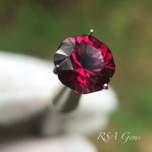 Malawi Garnet, colored gemstoneMalawi garnet faceted colored gemstone