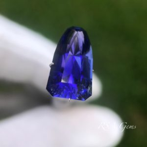 Tanzanite, colored gemstonetanzanite faceted colored gemstone